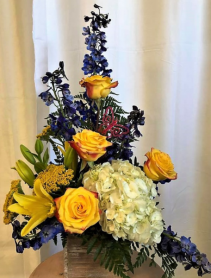 Yellow Rose of Texas Wood Box Arrangement