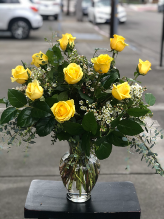 Yellow Roses One and Two Dozen Yellow Roses