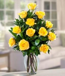 DOZEN YELLOW ROSES Vase Arrangement in Longview, TX | ANN'S PETALS