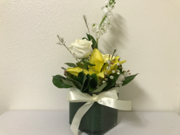 Yellow Square-up Spring Flowers (wedding centerpiece)