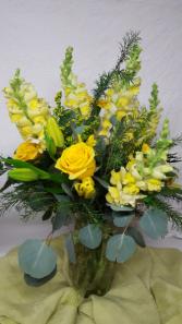 yellow sunshine vase arrangement