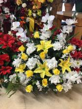 YELLOW WHITE FLOOR BASKET FUNERAL