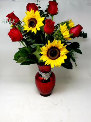 You are My Sunshine *Vase Sold Out/Vase substitution in Clearwater, FL | FLOWERAMA
