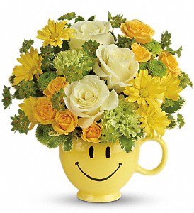 YOU MAKE ME SMILE BOUQUET in Mug