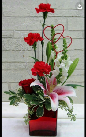 One and only Cube vase arrangement
