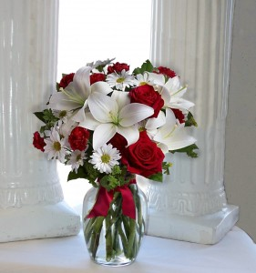 You're Adored vase arrangement in North Adams, MA | MOUNT WILLIAMS GREENHOUSES INC