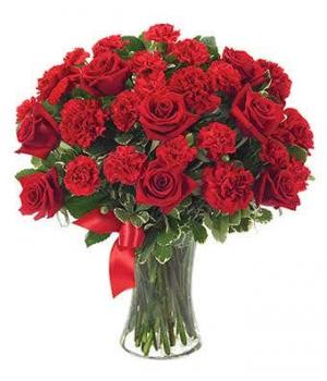 You're In My Heart  in Bradenton, FL | Detalles En Flores